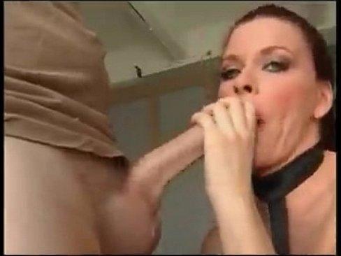 Deepthroat Frau schwarz didk