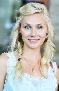Jenna finnegan blonde milf