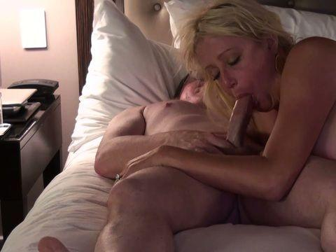 Wife sucking cock movies