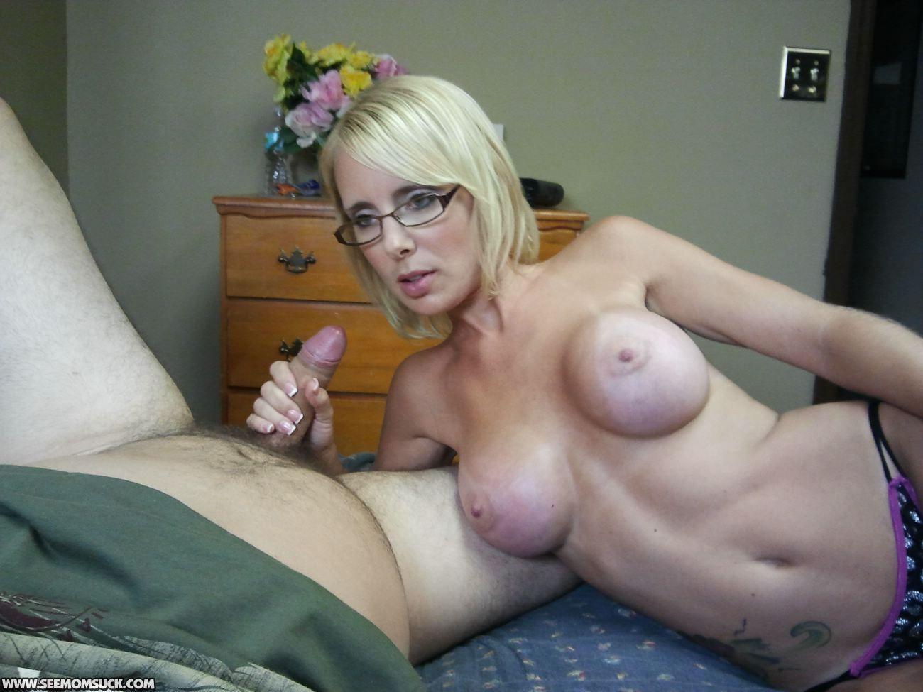 Mum Moie Porn Mature mature mom sucks a huge cock . hot naked pics.