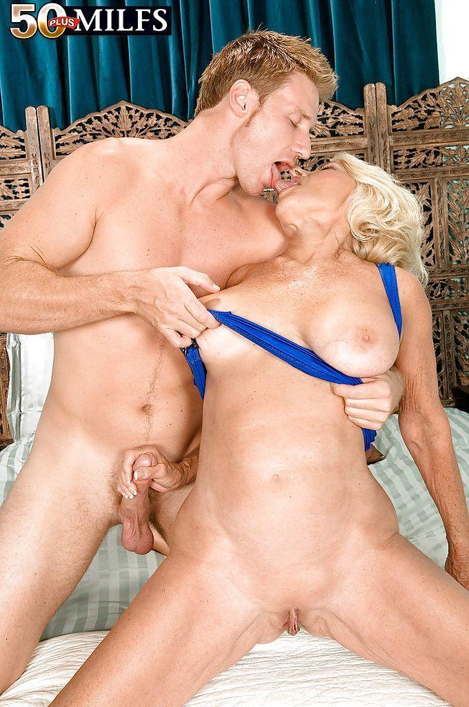 best of Mature milf parks Georgette