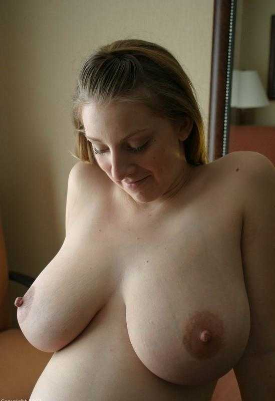 Hot mature wife boobs